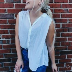 Beachlunchlounge white button down tank top shirt